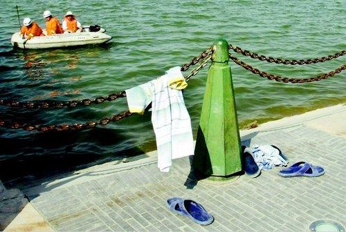弟弟游泳时溺水身亡 哥哥下水施救生死未卜