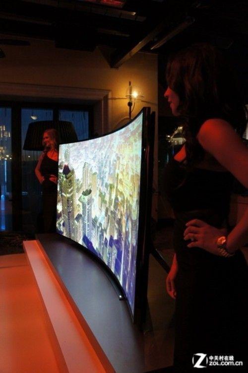 全球最大弧面屏 三星108英寸曲面TV曝光