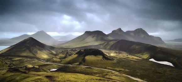 在冰岛必做的32件事 这些可不是俗气的旅游项目