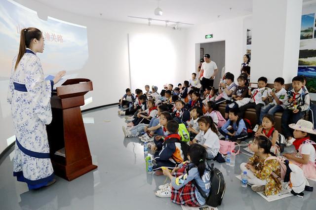 西安汉风水务博物馆举办公众考古科普讲座