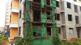 岐山金煦红阳小区问题多 两栋住宅楼停工两年急