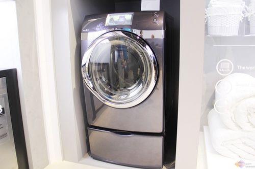 2014ces 三星展最大容量滚筒和波轮洗衣机