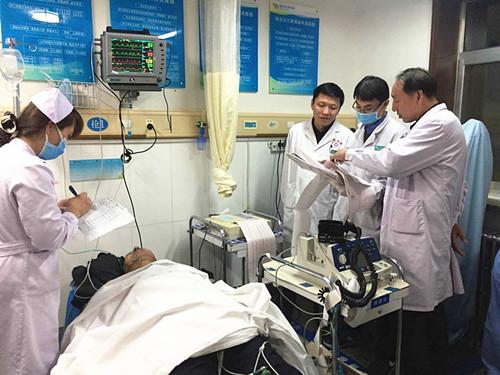 榆林58岁男子急性心梗心脏骤停 三度抢救终转危为安