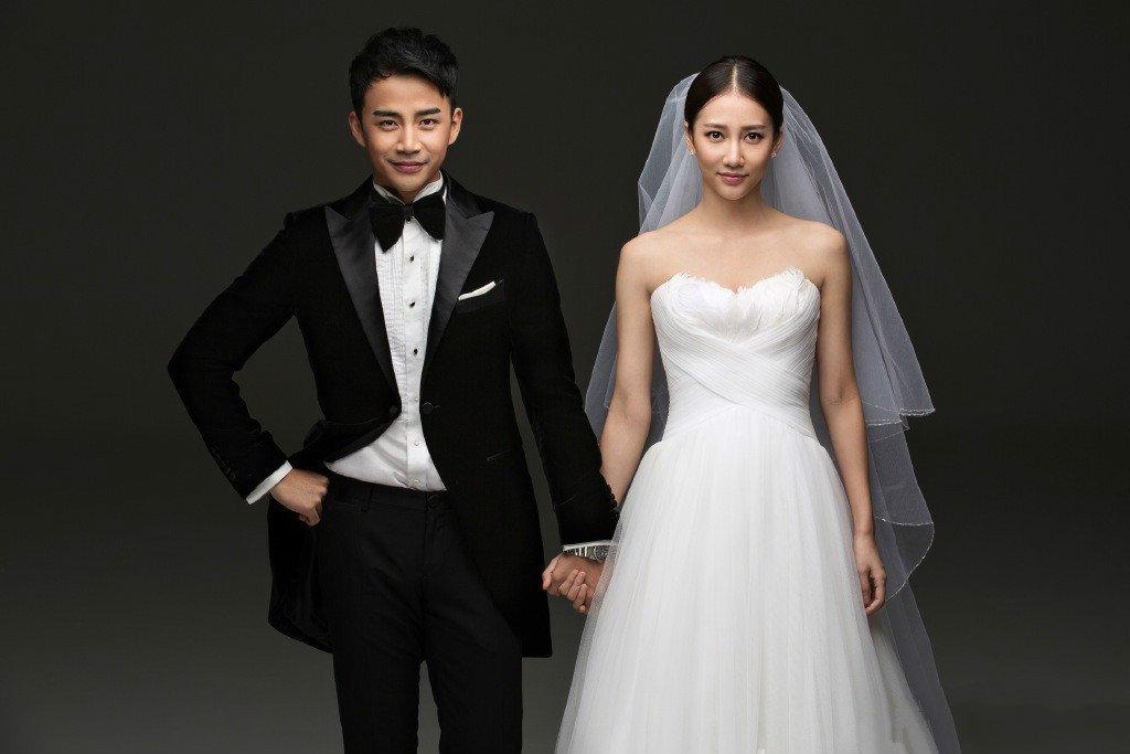 弦子和躹ab��f�.�_29岁弦子晒婚纱照宣布结婚 否认未婚先孕