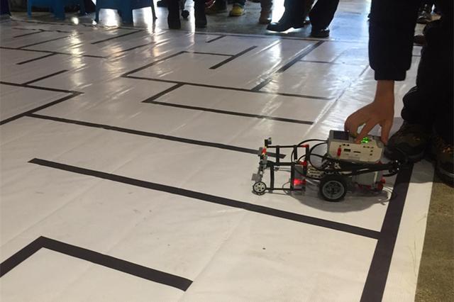 小构建造出大世界 力为机器人校内赛盛大开赛