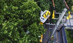 283:带电检修工