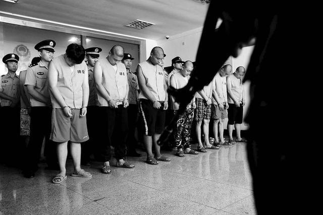 西安一团伙手持棍棒阻挠施工 14人被刑拘