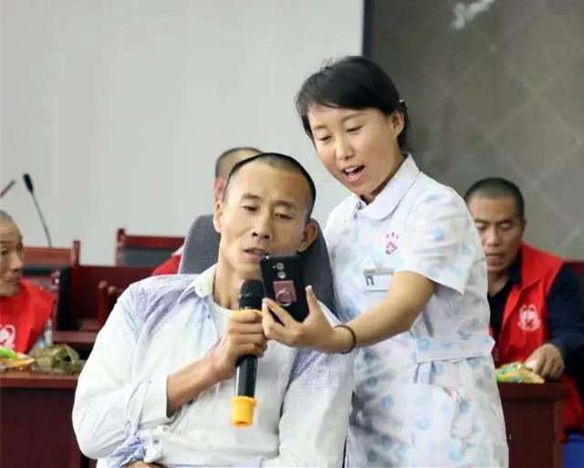 父亲节遇上端午节:榆阳区老年护理院的粽情欢心