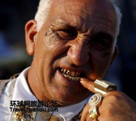 玻利维亚流行牙上贴金柳岩骚视频图片