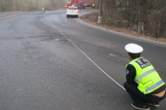 宜川云岩交警对事故频发路段排查 发现隐患3处