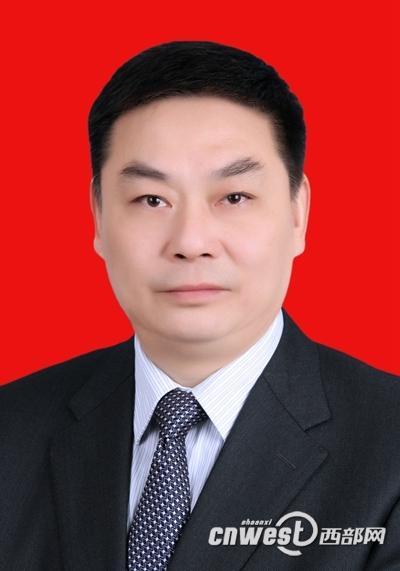 陈勇当选安康市人大常委会主任