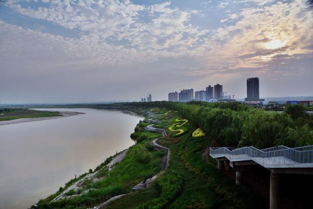 秦汉新城:都市的绿洲 人居的范本