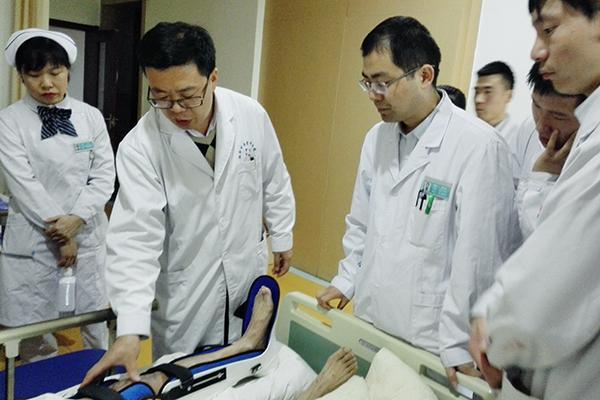 崴脚需重视  足踝骨折为何进行三次手术