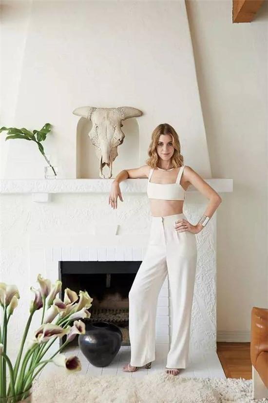 软装搭配得好,白墙刷起来都那么美