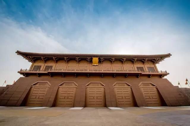 2平方公里,是我国古代宫殿建筑的杰作.图片