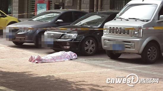 宝鸡一女生初中小区门口介入语音已怀念v女生警方家女孩驹身亡