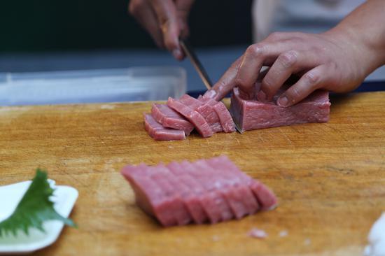 助力陕西公益 日本大型蓝鳍金枪鱼空降西安