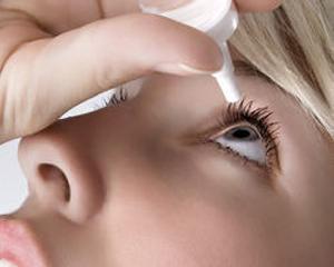 近九成受访白领有干眼症 别让不良习惯熬干眼