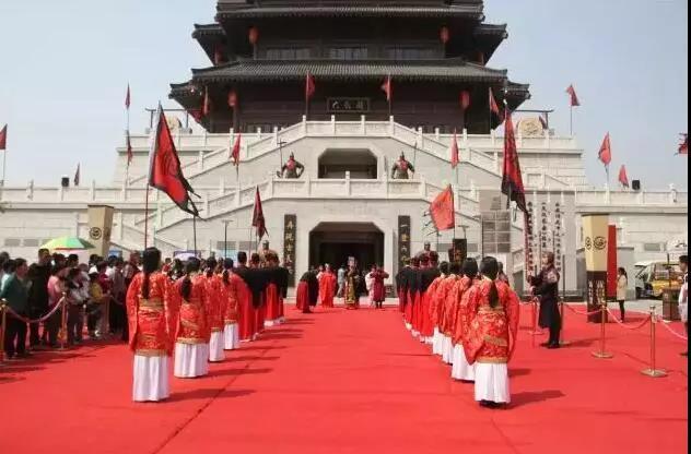 汉城湖里有庙会 年没过完继续嗨