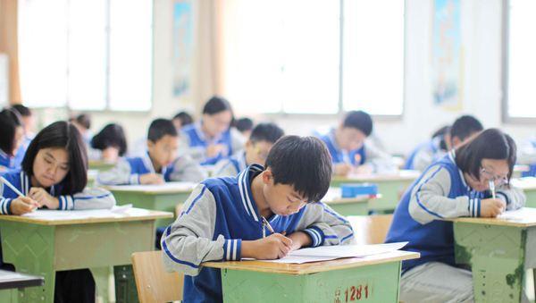 2b补录学校_学校补录报名数大于剩余招生计划 \