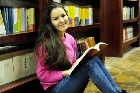 &10084;吉尔吉斯坦美女留学在西安