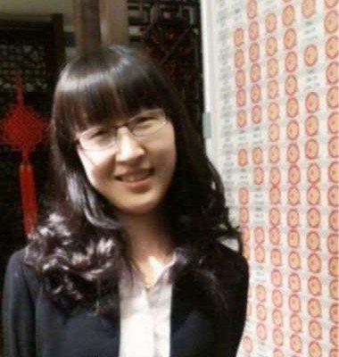 南京女大学生毕业一年卖房3.8亿 地产大佬膜拜