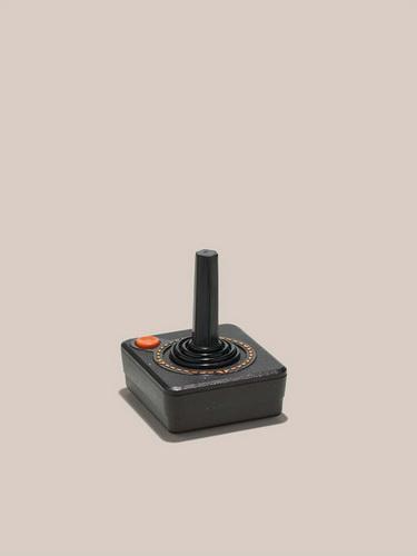 10款迷人的科技数码文物 从老式电话到Zip磁盘
