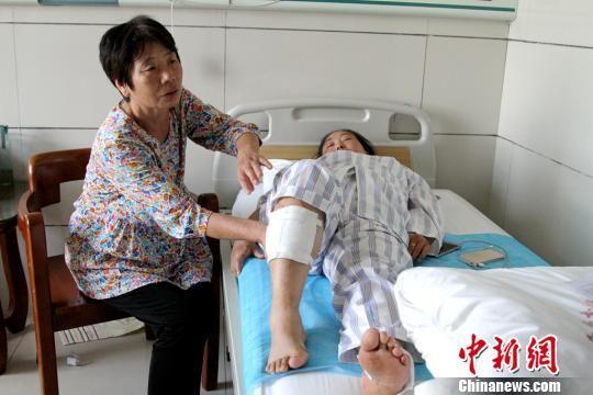 西汉高速事故伤者讲述惊魂时刻 座椅都挤向前面