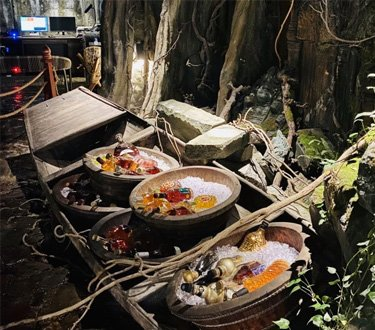 在西安这家高端海鲜火锅吃饭像探险