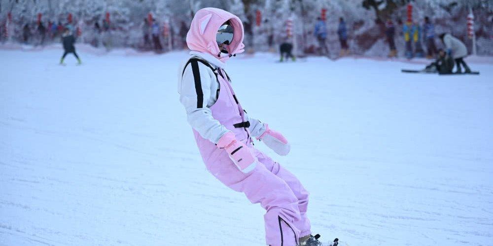 冬天打卡家门口的冰雪世界