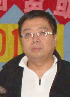 """2012""""红烛奖""""教育慈善奖候选人王卫华"""