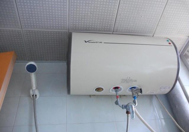 电热水器实际安装图