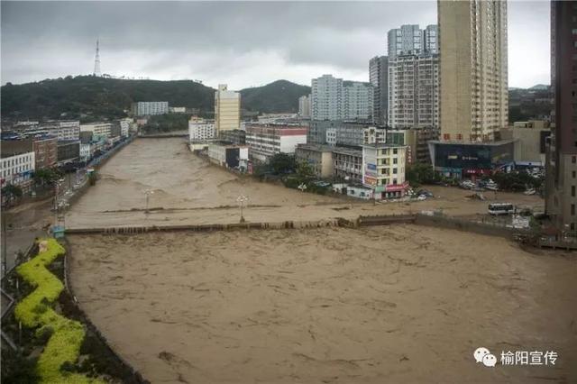 """组图:榆林""""7.26""""特大洪涝灾害摄影作品图片"""