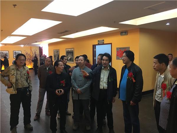 """""""水墨秦岭——雷林作品展""""在曲江楼观开幕"""