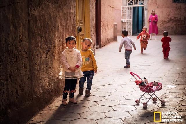 南疆:穿越千年的老茶馆 比茶香更馥郁的是人情
