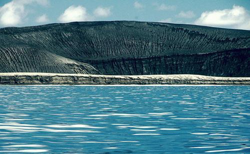 """""""海岛之国""""汤加免签 这座大洋洲的""""明珠""""到底有多美"""
