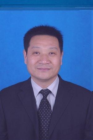 """2012""""红烛奖""""教育特别贡献奖候选人董康乐"""