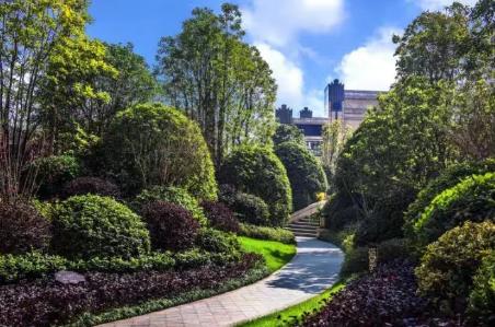 在大汉龍雲臺与法式园林的浪漫不期而遇
