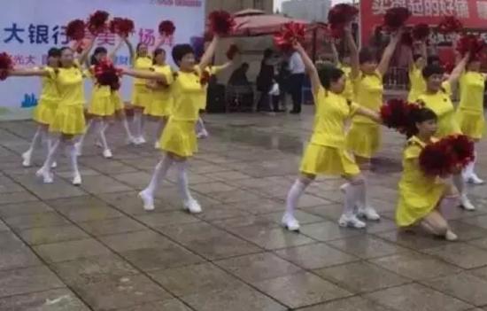 湘潭第二届广场舞大赛实力回应!