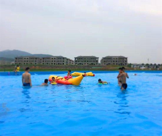 襄阳气温直逼40℃!骧龙国际水上乐园绝对适合你!
