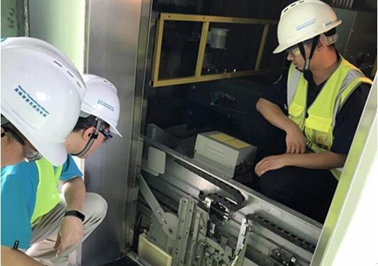 逸品尚东 精选德系曼隆电梯为业主服务