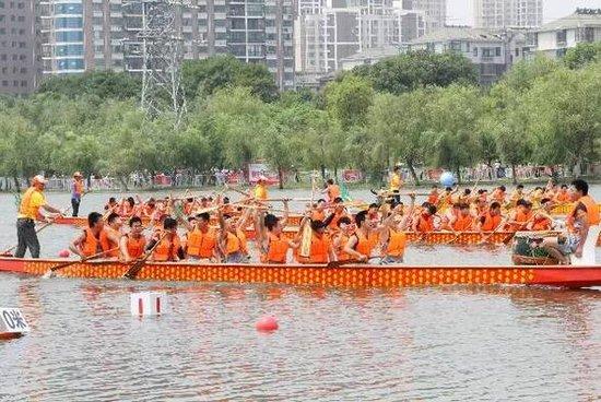 【网络中国节·端午节】一场龙的传人和龙舟间的故事
