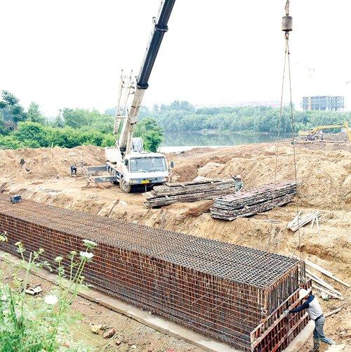 孝感天仙南路澴河大桥建设忙 计划明年8月竣工