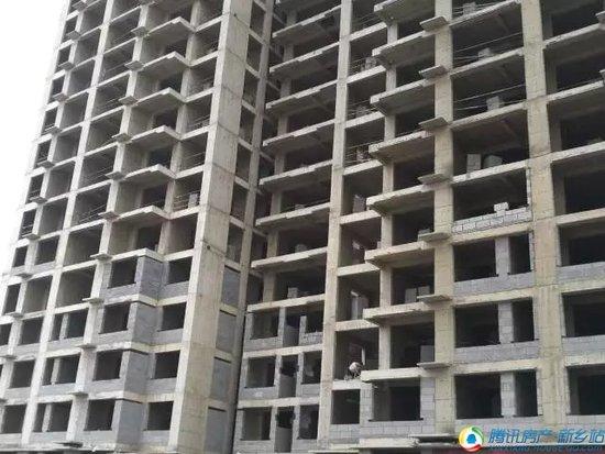 天福兰庭湾工程进度丨秋风入窗里 广厦起万丈
