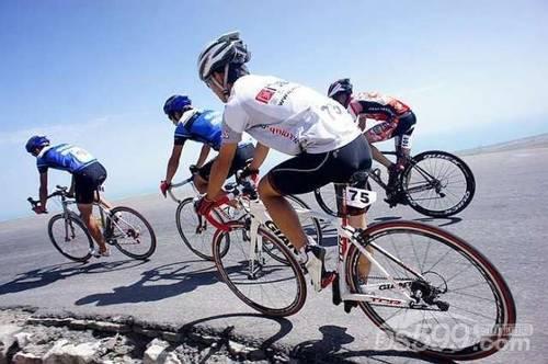 2014年中国黄山太平湖首届自行车环湖大会