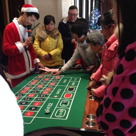 【中铁滨江名邸】圣诞狂欢圆满结束