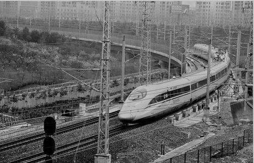 【米兰春天】 高铁来了 春天在了