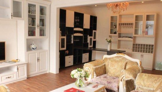 烟台宏润装饰材料市场携诸多高端建材品牌入驻家博