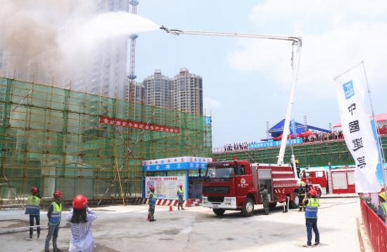 宜昌建设工程消防应急实战演练活动在宜昌之星C区举行