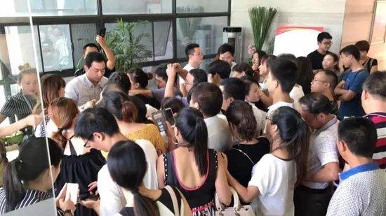 会龙山·溪谷T12栋新品加推 火爆现场再次引爆益阳